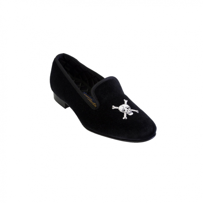 45e23f066de ... Slippers with Skull and Crossbones Embroidery. Black ...