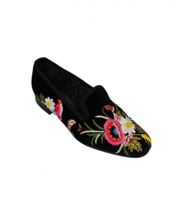 ladies black slippers