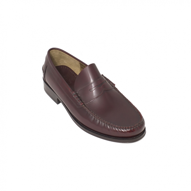 aa083f166c2 Loake Lifestyle Princeton Burgundy Penny Loafer