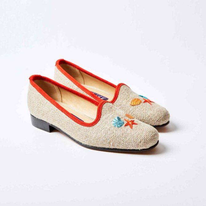 Oatmeal Linen Pumps with Embroidered Sea Shells